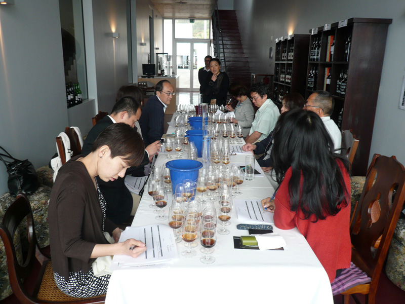 2010 KICO Group Tasting At Winery Apeil